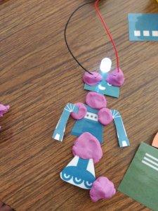 Escuelas Aguirre robot 1