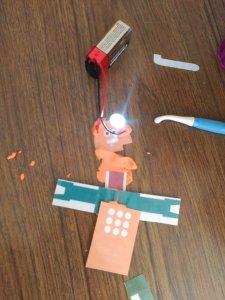 Escuelas Aguirre robot 5
