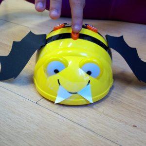 Robimp.beebot hallowen